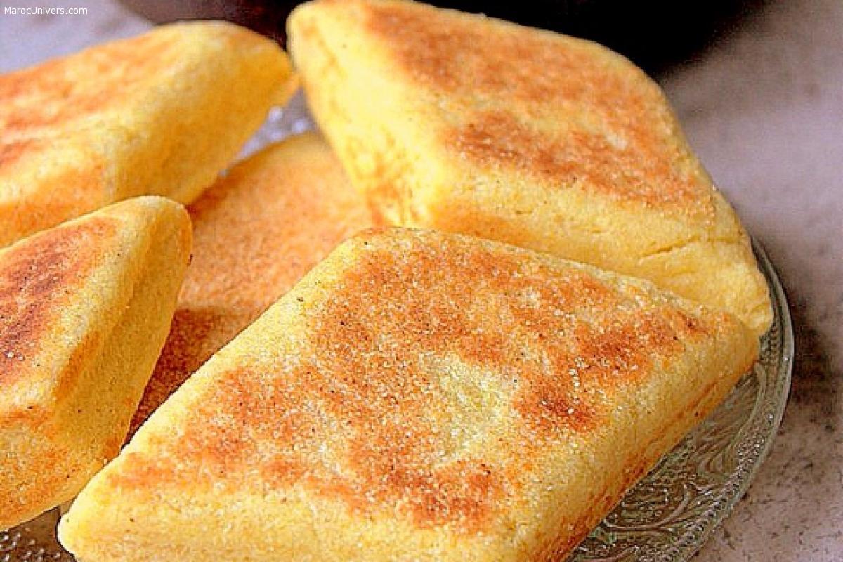 Mbesses gâteau de semoule au beurre