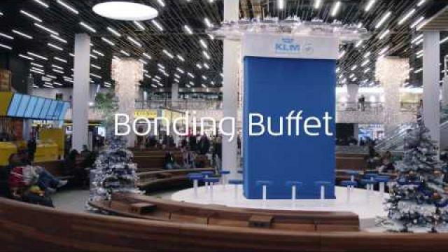 KLM serves a Bonding Christmas Buffet